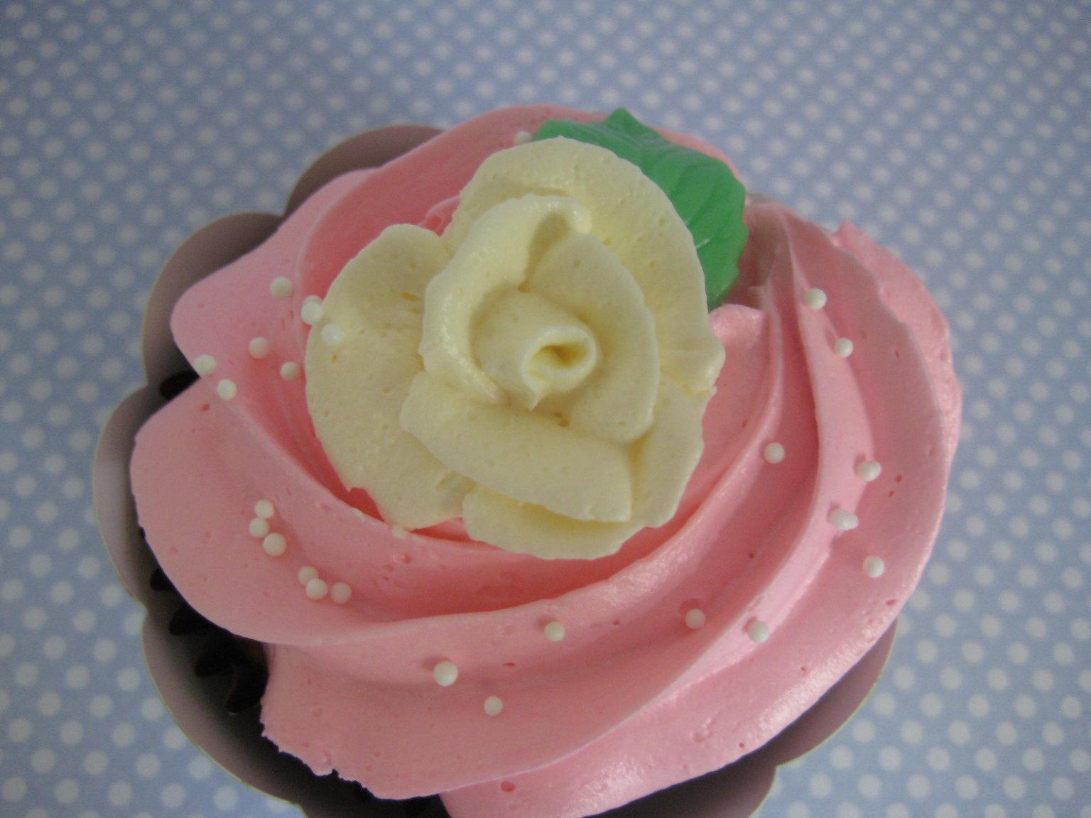 Divinity Cake Icing