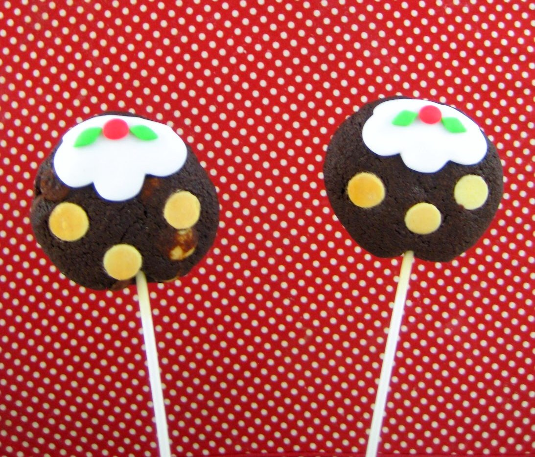 Bubble And Sweet Triple Chocolate Christmas Pudding Cookies