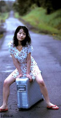 japanese sexy woman gallery: azumi kawashima
