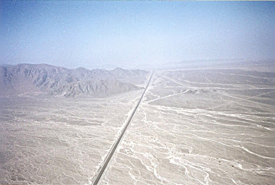 In drum spre liniile Nazca peste autostrada trans-americana