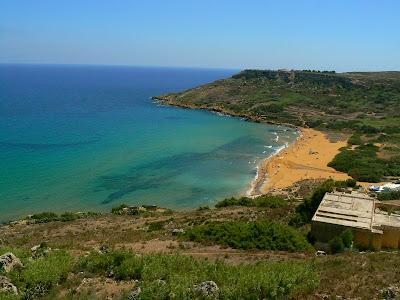 Imagini Malta: plaja rosie din Gozo
