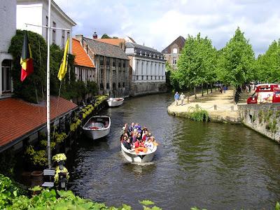 Obiective turistice Flandra: canale in Brugge