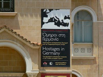 Expozitie Nicosia: icoane si odoare bisericesti furate din Cipru si vandute in Germania