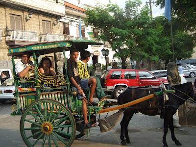 Obiective turistice Filipine: cu caleasca cu cai prin Intramuros