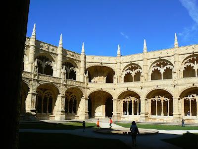 Imagini Portugalia: manastirea Jeronimos patio