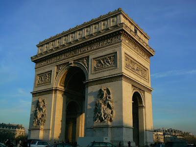 Obiective turistice Franta: Arcul de Triumf Paris