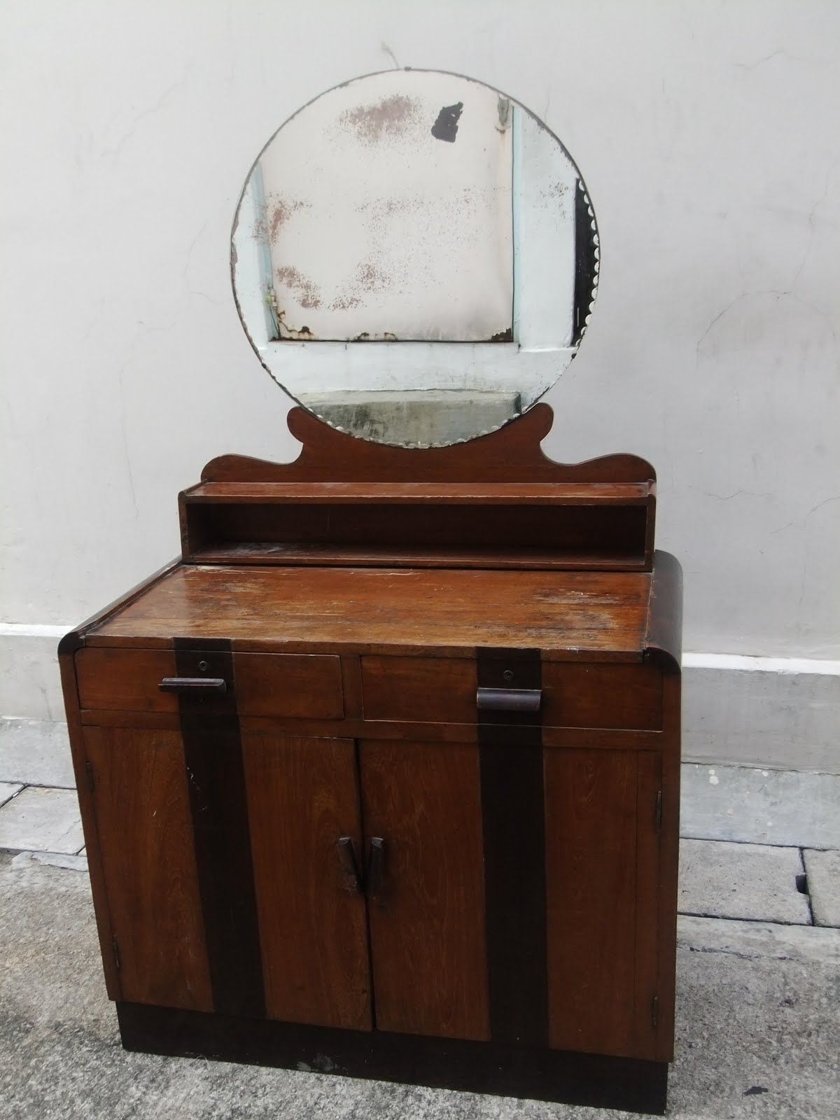 FOR THE LOVE OF VINTAGE Bobs Furniture