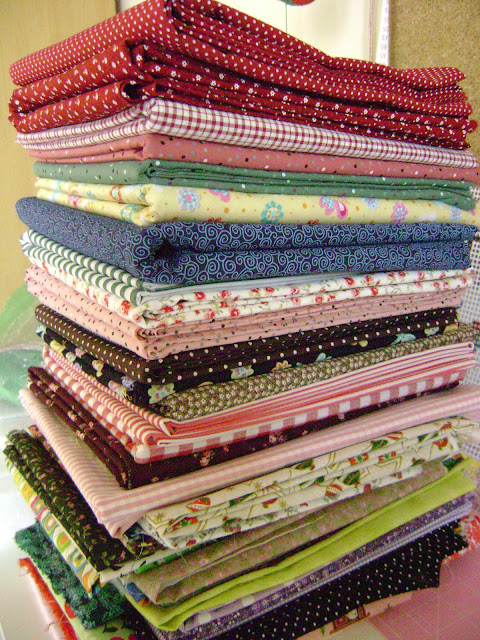 Resultado de imagem para como organizar tecidos e retalhos