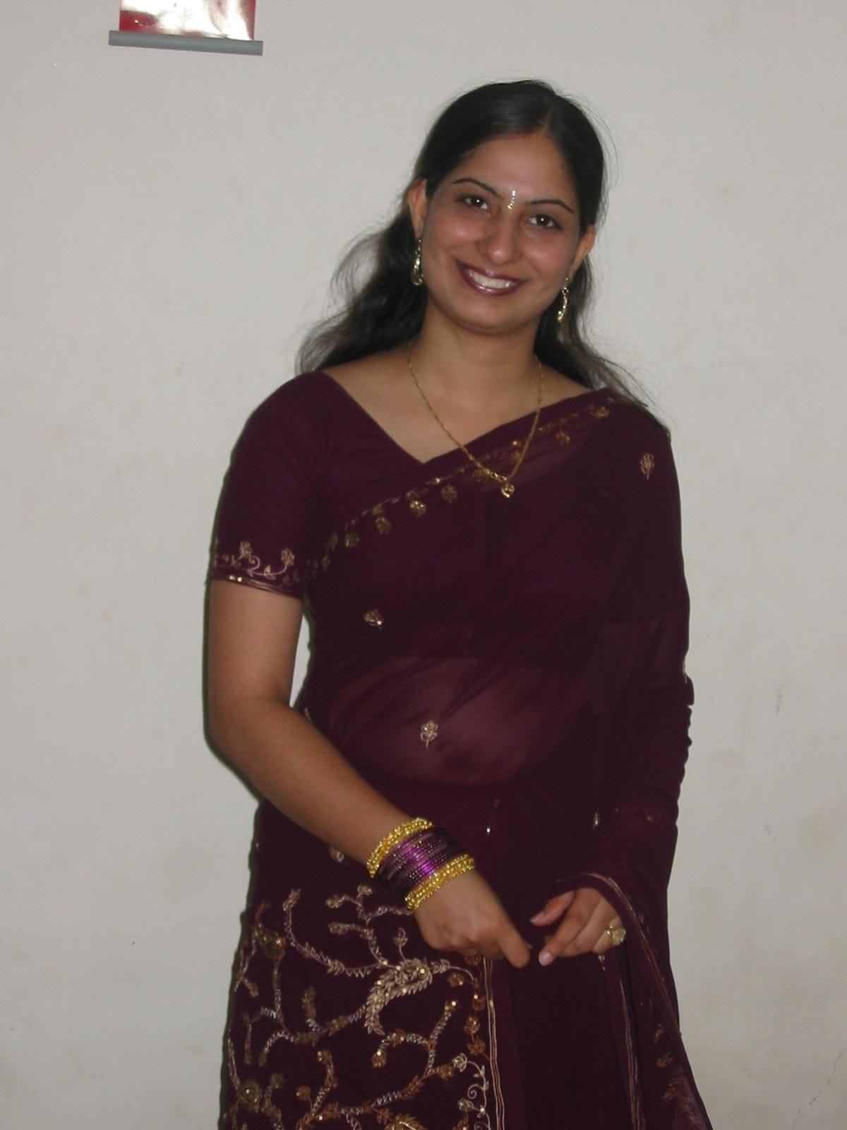 Indian Aunties Indian Aunty In Sarees-7440