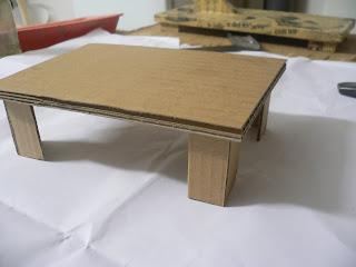 Guayonje bonsai fabricaci n mesa de cart n y papel - Mesas de carton ...