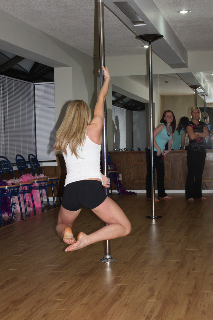 By The Moon: Mom and baby pole dancing classes