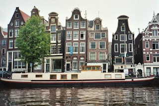 photo of houses in the netherlands