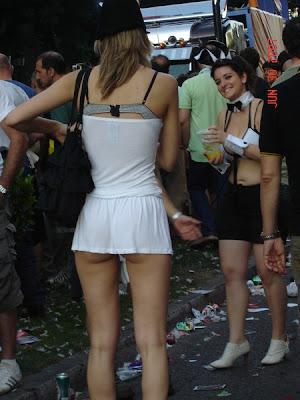 Upskirts bajo la falda chica de secundaria calzon azul prt 1 - 1 2