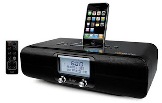 iLuv iHD171 HD radio works with the iPhone