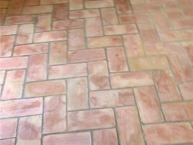 Suelos de barro ladrillo de barro cocido 14x28 - Suelos rusticos exterior ...