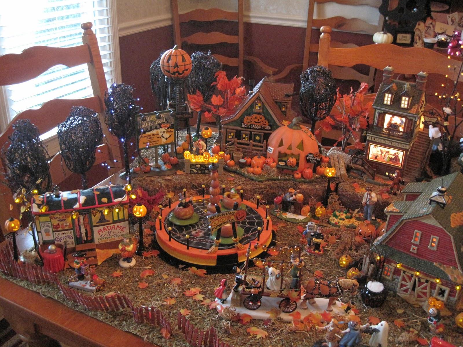 Dept 56 Halloween Village