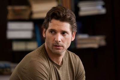 Eric Bana is a time traveler