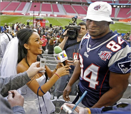 """OSG Sports: Jets """"Hard Knock"""" Hot Mexican TV Reporter"""