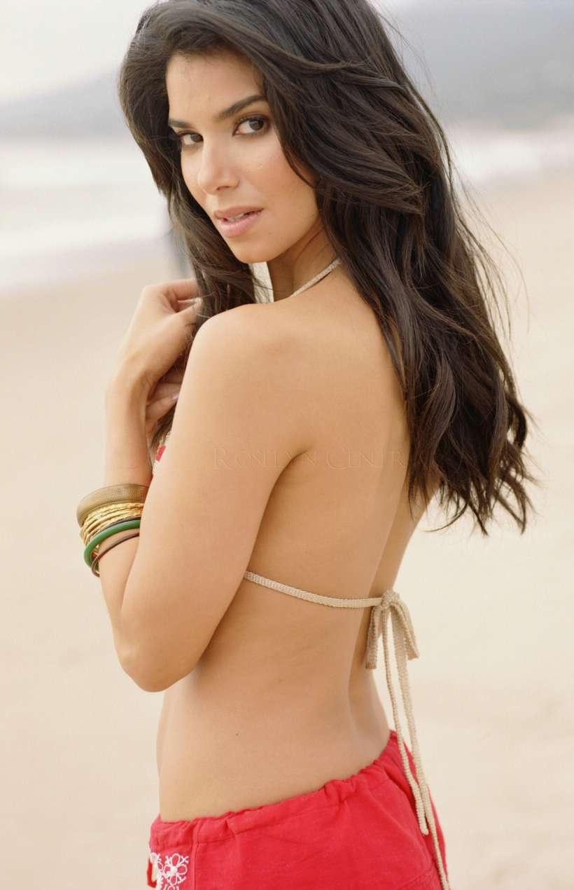 Roselyn Sanchez - Galeria 3 Foto 1