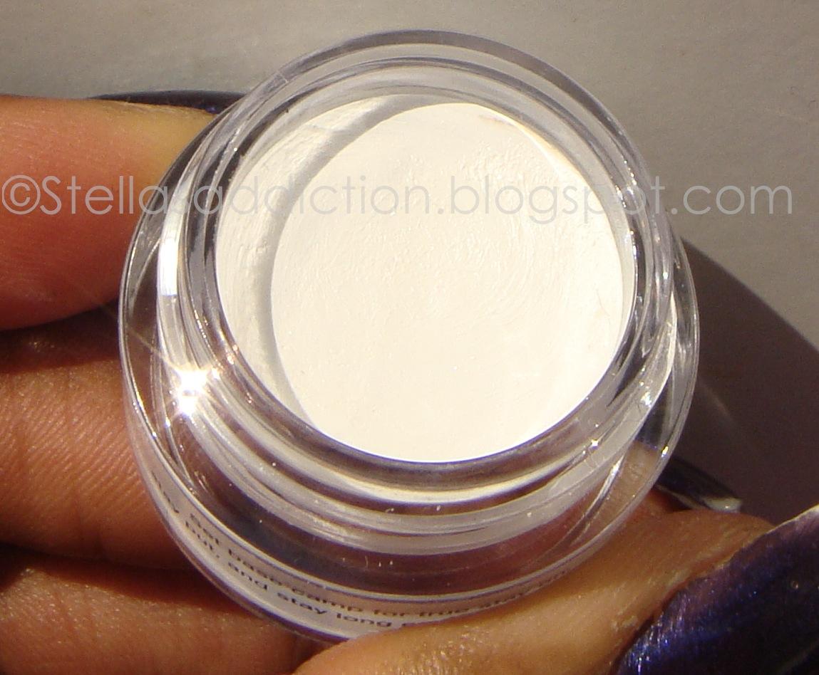 Product Review: NYX Eyeshadow Base | Stella's Addiction