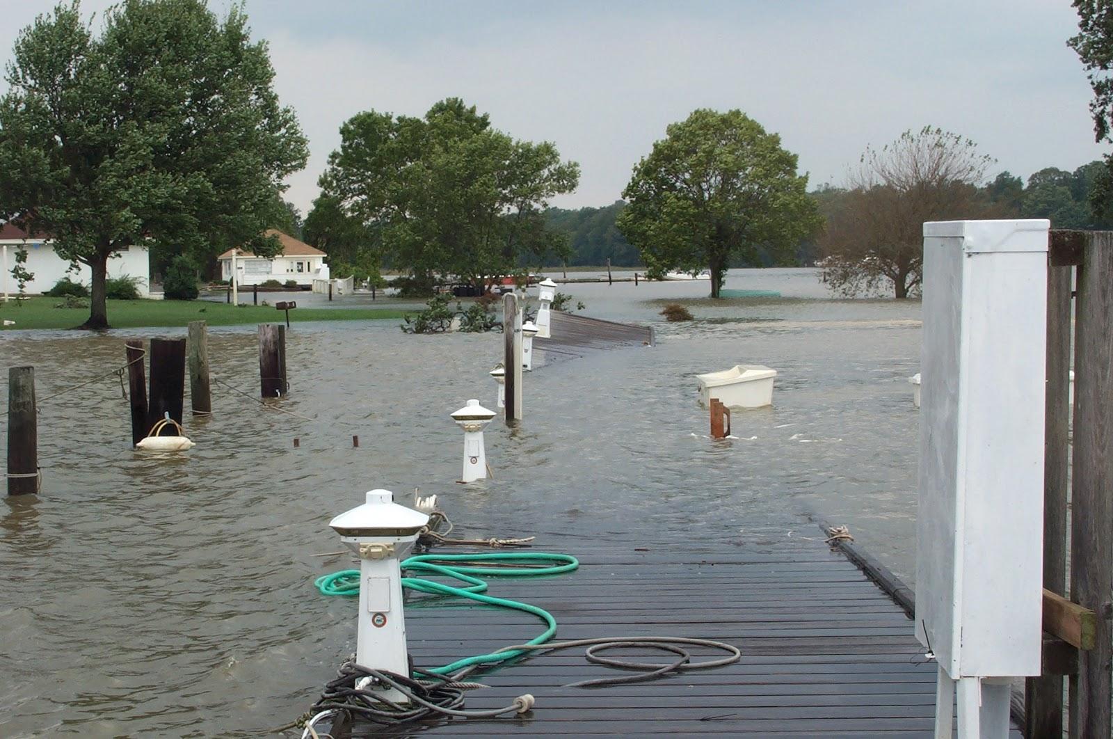 hurricane isabel marina damage