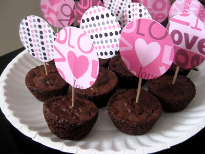 This Little Project Valentine Brownie Bites