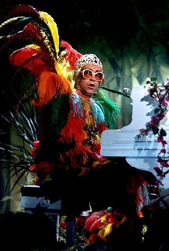 Elton John 180 S Pics Photos Elton John S Outfits Through