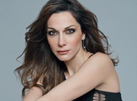 0a0f70b8be8 Δέσποινα Βανδή η βασίλισσα της Ελληνικής pop
