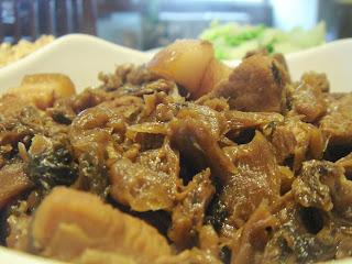 每日一餐 - My Meal: 梅乾扣肉 - Pork Steamed with Pickled Mustard Cabbage