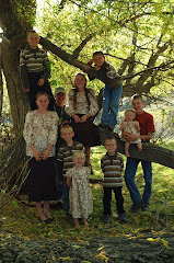 Tricknor Tribe A family of 13.. living in a RV?  You just gotta read this!!
