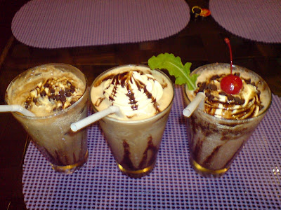 café mesa, clark, mimosa, pampanga, coffee shop, restaurant, European, food, frappe, choco frost, iced mocha, black forest