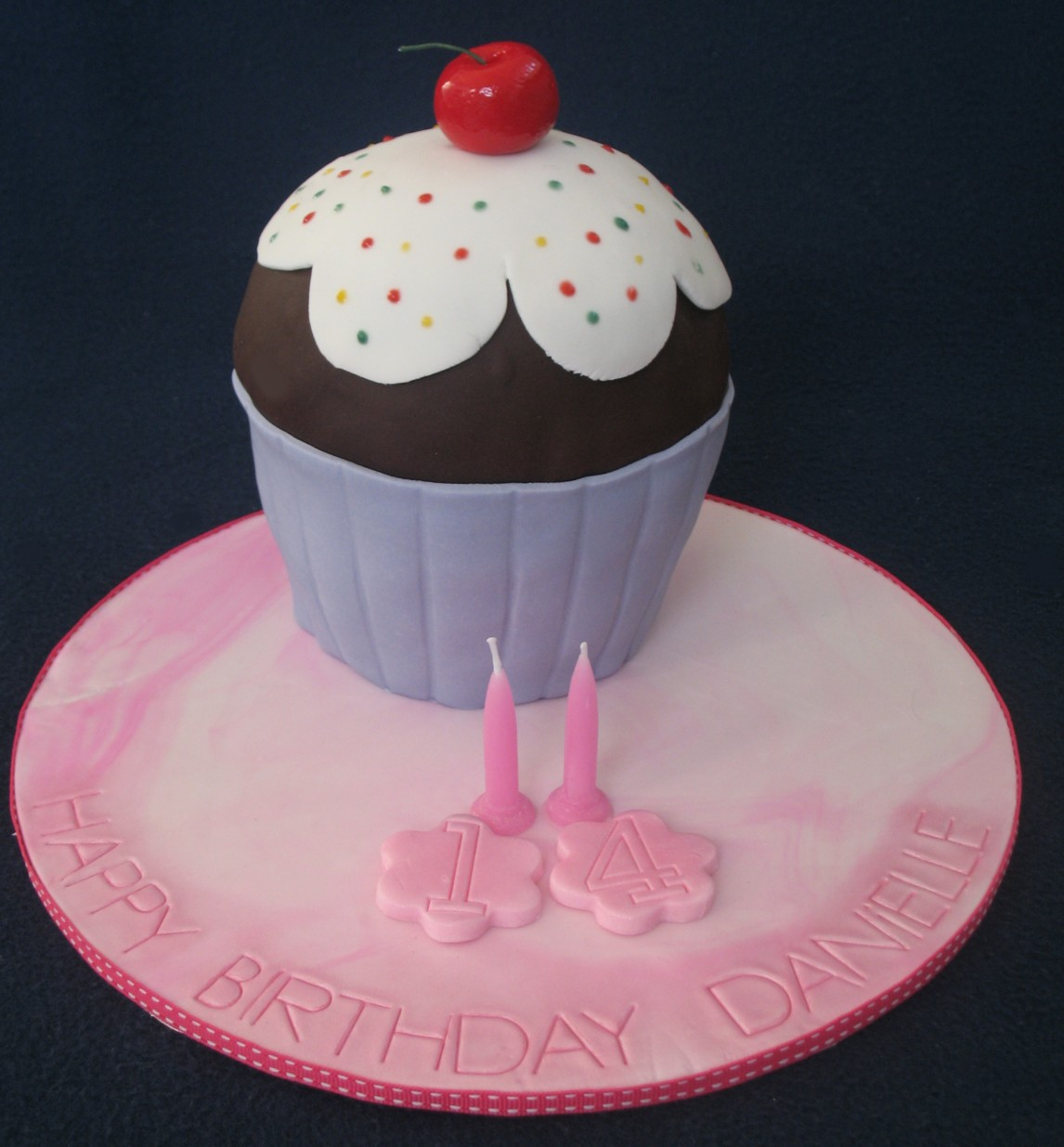 A Giant Cupcake Mini Birthday Cake