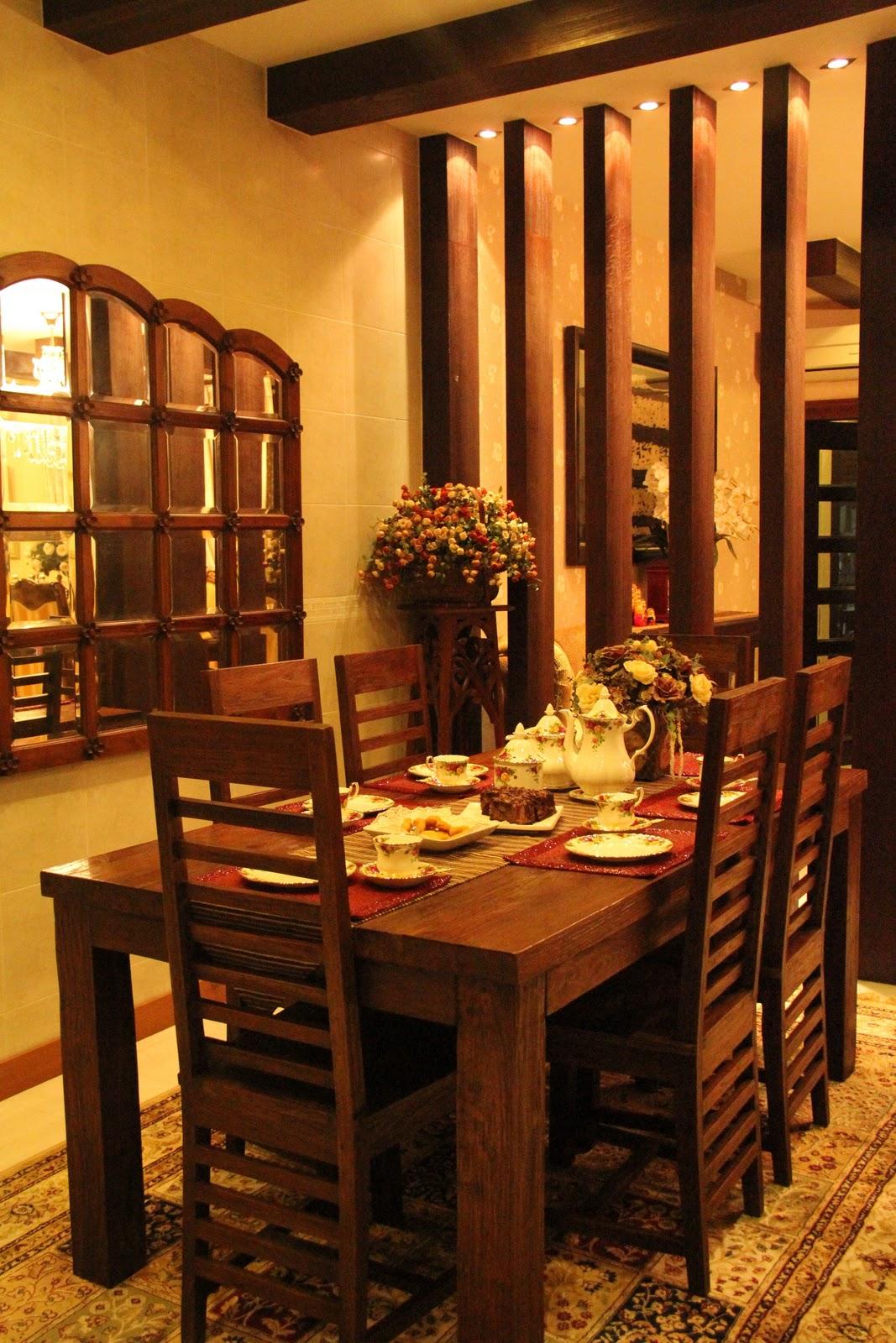Meja Makan Ruang Kecil