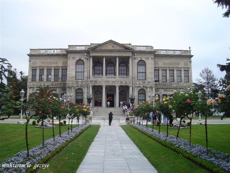 Muhterem'le Geziye