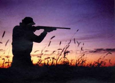 Risultati immagini per cacciatori in assetto di guerra