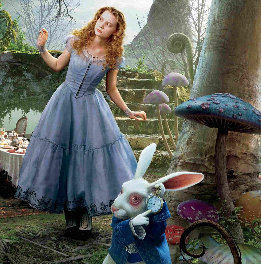 Alice In Wonderland Movie: Knitting Down The Rabbit Hole: Alice In Wonderland