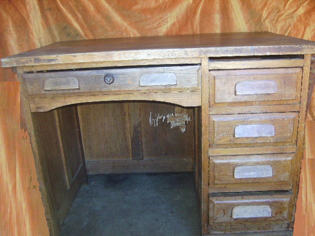 ancien petit bureau administratif bois enfant ecolier. Black Bedroom Furniture Sets. Home Design Ideas