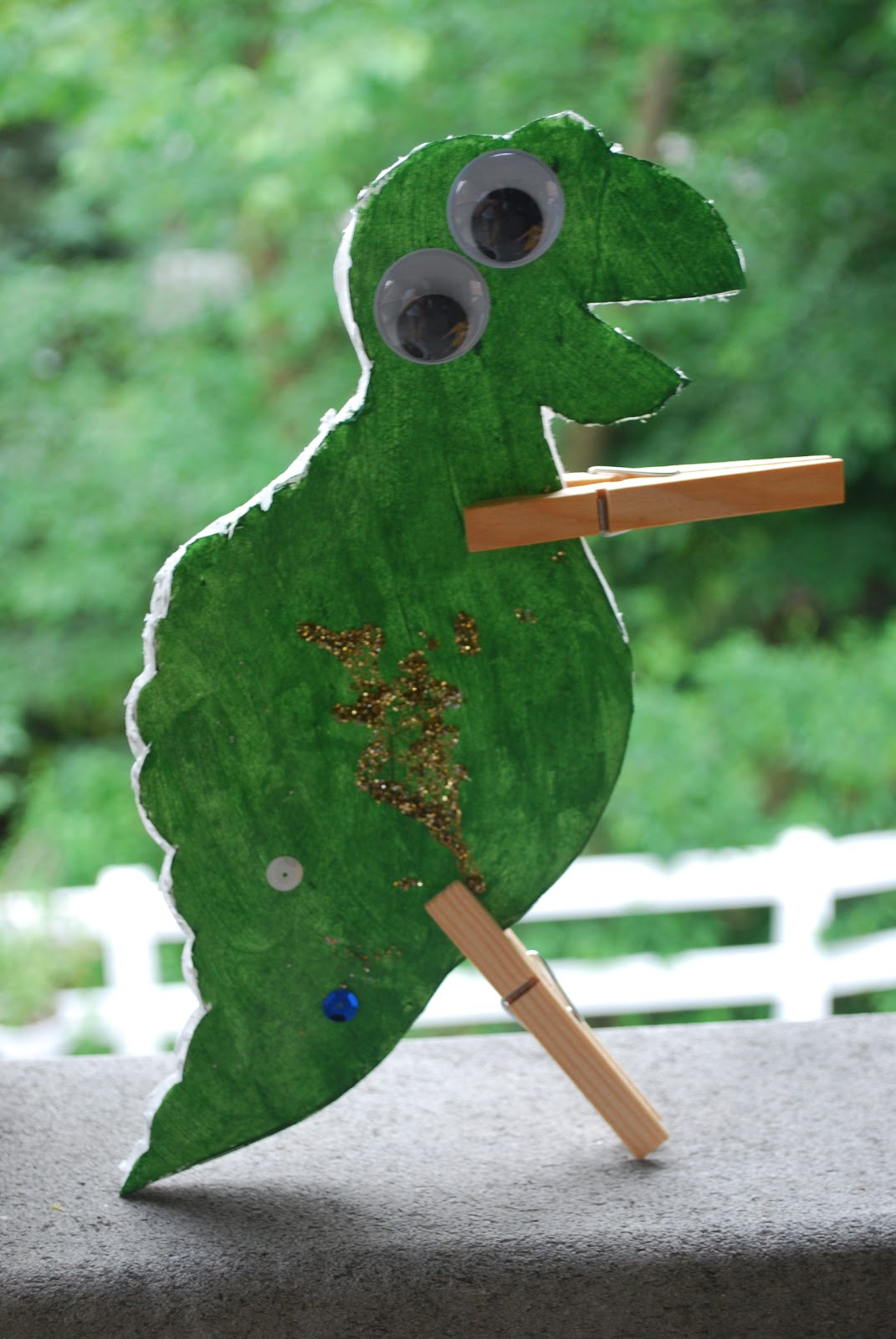 Craptastic Crafts For Kids Clothespin Dinosaurs