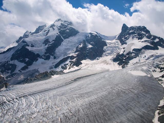 Glaciar en cantón de Valais