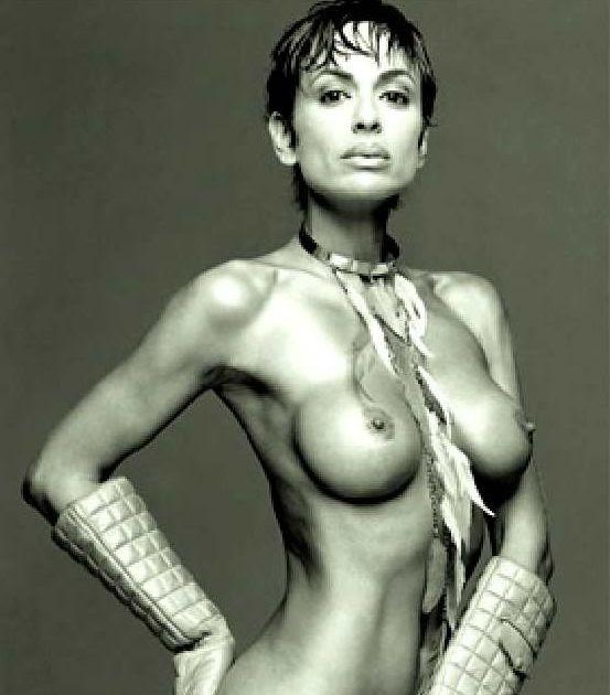 Daniela Cardone Nude Photo 88