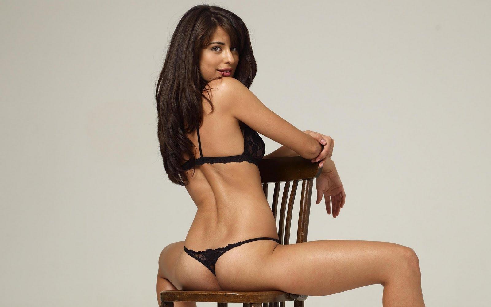 hot naked black girls blase butt