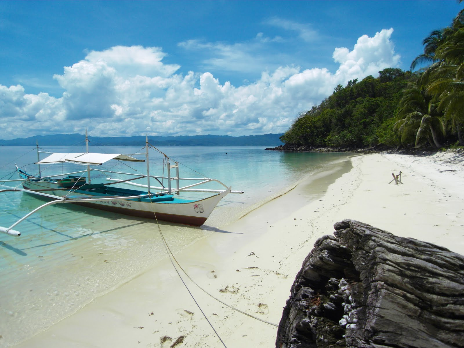 Image of a beach resort in Palawan, Philippines
