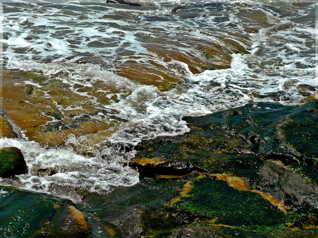 Espuma de mar en movimiento