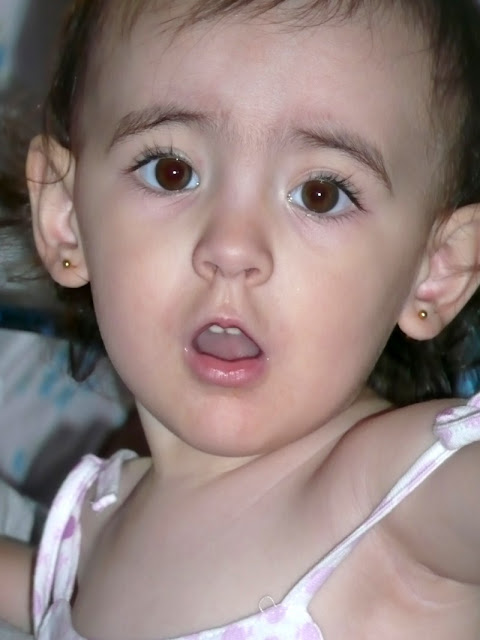 Retrato de rostro de nena.