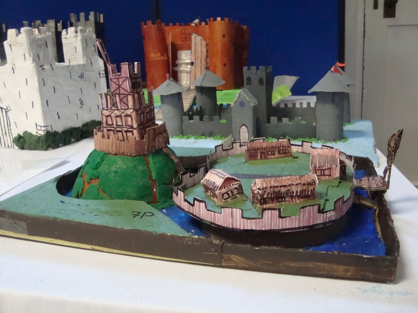 motte and bailey castle labeled diagram ring powerpoint template free cake ideas designs