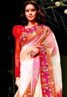 bipasha basu at kfw