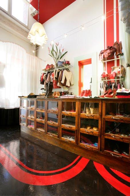 Small Spaces Jewellery | Rumah Minimalis