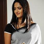 Anushka Shetty Pair Up With Surya