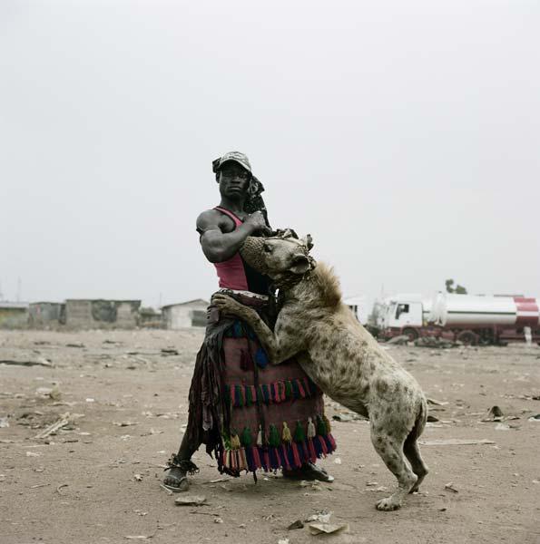 Pieter Hugo-homens-hiena
