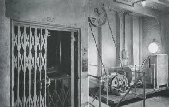 Titanic The Interior Of The Titanic Private Area